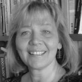 Dr Leena Robertson